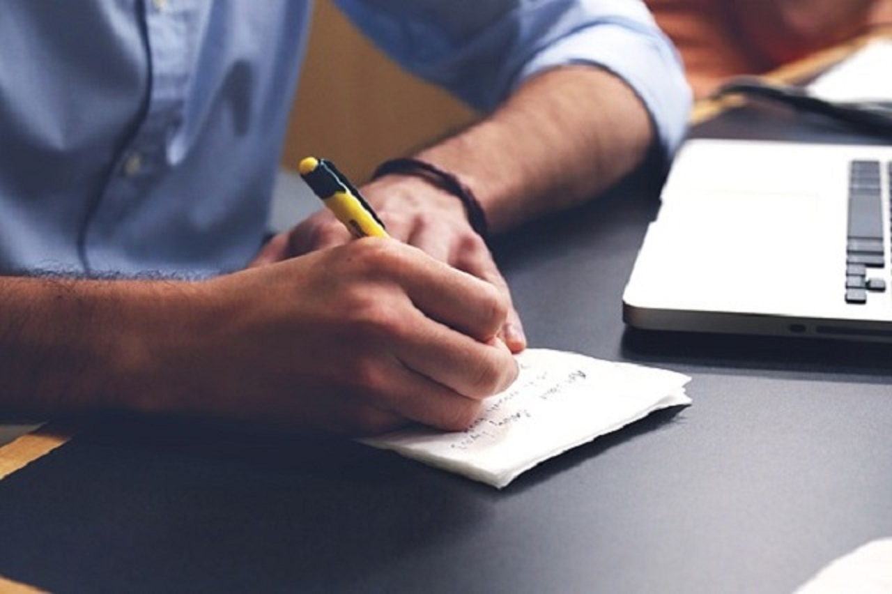 7 simple tips to improve your academic writing skills